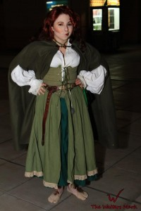 Female Hobbit Costume