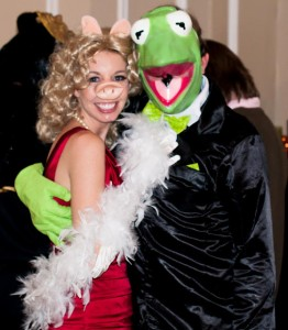 Kermit the Frog and Miss Piggy Costumes
